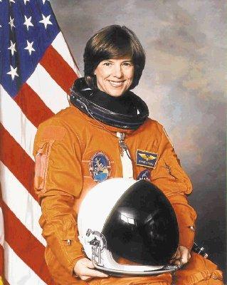 Eissler, Astronaut Dunbar to speak at youth leadership ...
