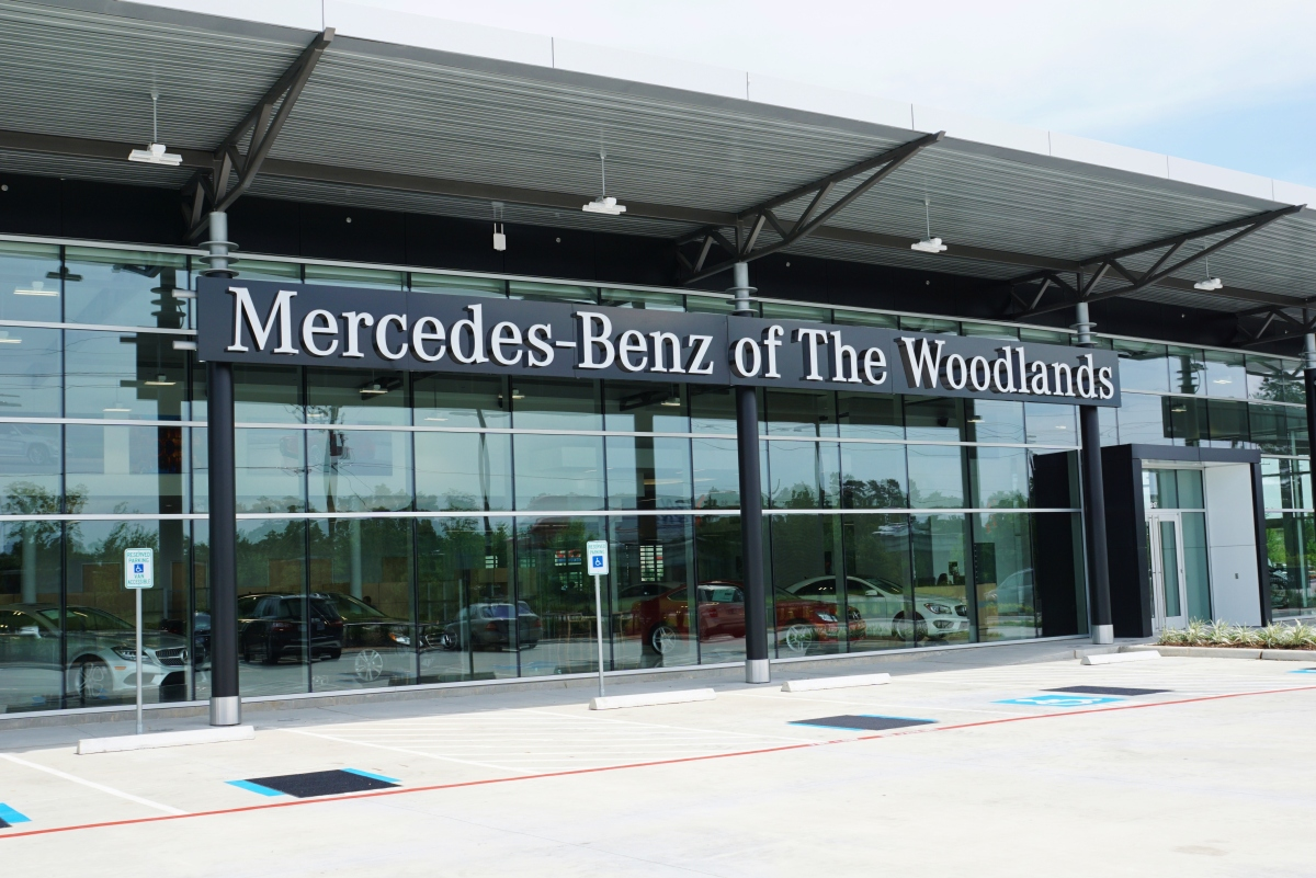 mercedes benz of the woodlands tour the woodlands area