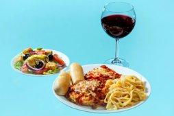 OLIVE GARDEN Salad (150), breadstick (140), Tour of Italy sampler (1,500), quartino of wine (230).