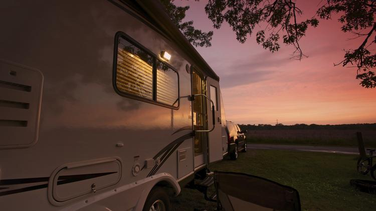 rv-camping-thinkstock-750xx3800-2139-0-0