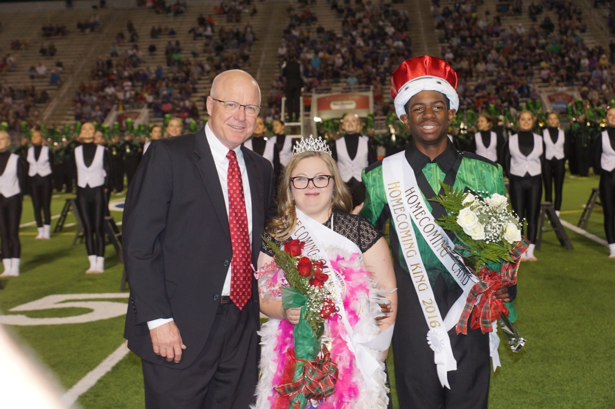 The 2016 Woodlands High School Homecoming Court Photo Gallery