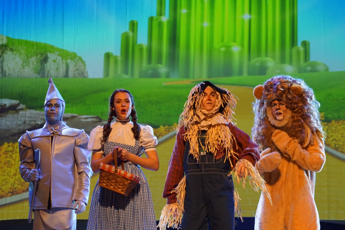 Class Act Production continues 'The Wizard of Oz' in Season 20