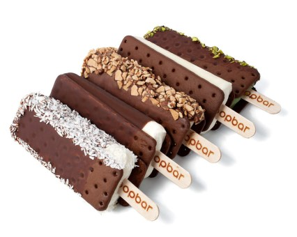 Customize your very own gelato sandwich - on a stick (PRNewsfoto/Popbar)